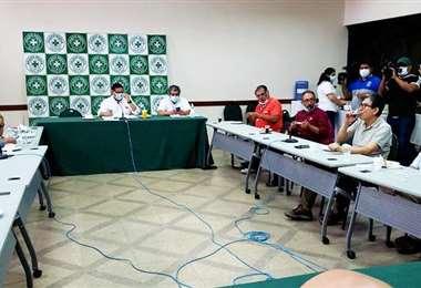 Comité Médico Nacional rechaza la Ley de Emergencia Sanitaria. Foto: Internet