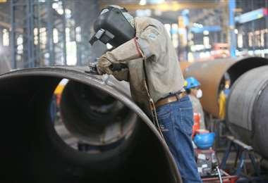 La inestabilidad laboral es el actual escenario en el país (Foto: Fuad Landívar)