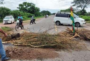 Se bloquearan en las principales vías del país