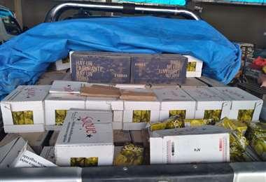 Parte de la mercadería que la Aduana retuvo (Foto: ABI)