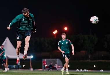 Thomas Müller durante la práctica. Foto: @FCBayern
