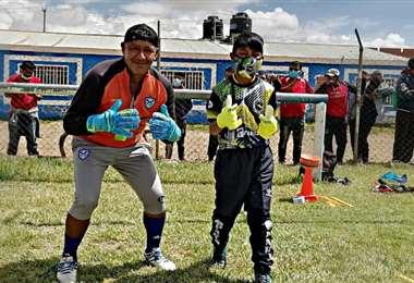 Rodrigo con su mentor, Nery Quintana. Foto: N. Quintana