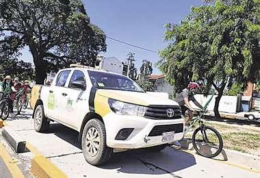 Vehículos del municipio estuvieron en la vía del BRT
