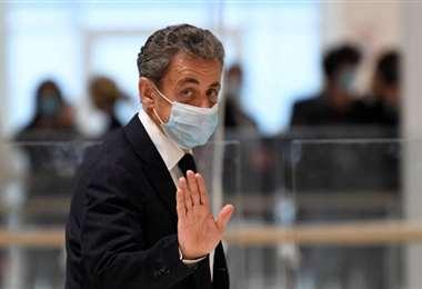 Sarkozy fue condenado a 3 años de cárcel