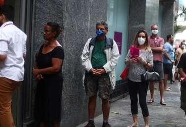 Brasil registra por primera vez más de 2.000 muertos