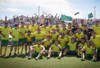 Los jugadores de Oriente Petrolero viajaron este miércoles a Sucre. Foto: Oriente P.