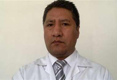 Edwin Quispe Marca, nefrólogo