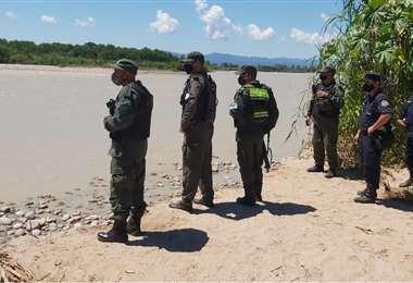 Las fuerzas de seguridad del país vecinos están desplegadas en la zona