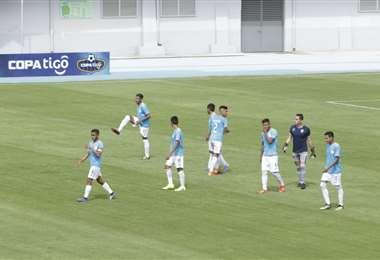 Aurora jugó el jueves ante Royal Pari con un equipo juvenil. Foto. APG