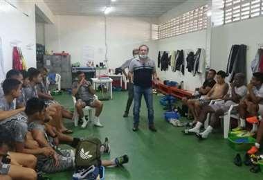 Fabol y sus afiliados tienen permanentes reuniones. Foto: Fabol