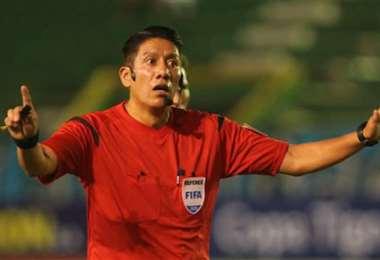 Luis Irusta es árbitro FIFA y el miércoles dirigirá en Montero. Foto: Internet