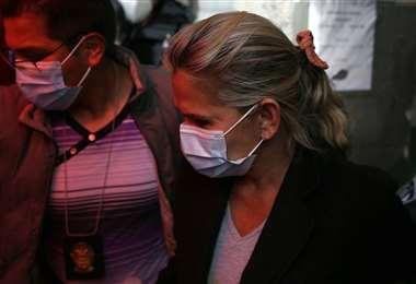 La jueza cautelar Regina Santa Cruz determinó detención preventiva de cuatro meses para la