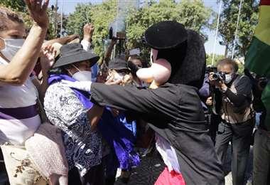 Amagues de enfrentamiento en Cochabamba I APG Noticias.