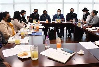 El presidente Arce se reúne con legisladores del oficialismo
