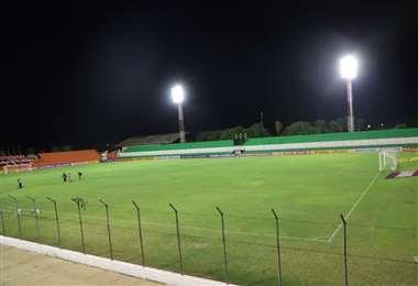 Así lucía el estadio Gilberto Parada anoche durante la inspección. Foto: SDD