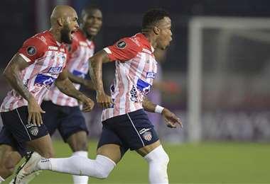 John Pajoy celebra su gol. Junior superó este miércoles a Caracas. Foto. AFP