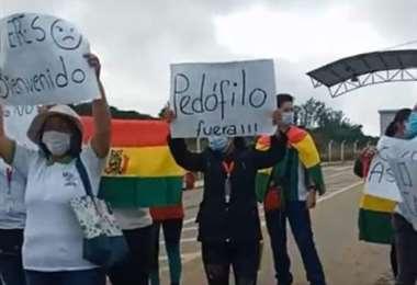 Monteagudo: mujeres manifiestan su disconformidad por visita de Morales
