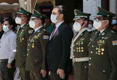 Álvaro del Castillo en el acto de posesión en Cochabamba