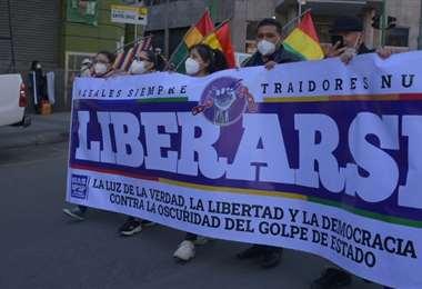 la militancia masista tomó las calles del centro de La Paz (Foto: APG Noticias)