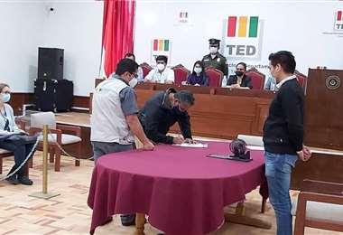 Desde el TED tarijeño se alistan para el día de votación que es el 11 de abril