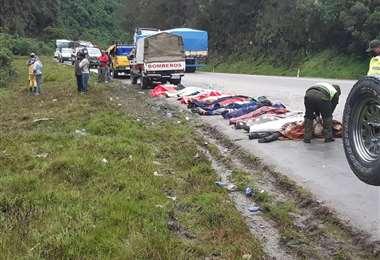 Los cuerpos sobre la carretera I Infórmate Red de Noticias.