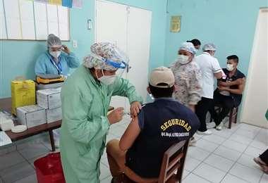 Vacunación contra el coronavirus en Santa Cruz
