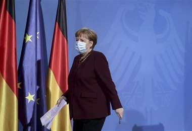 La canciller Angela Merkel y los responsables de las diferentes regiones alemanas el lunes