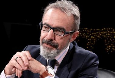 El vocero presidencial Jorge Richer explica las declaraciones sobre la sucesión legal