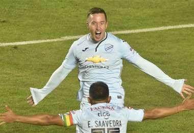 Leonardo Ramos celebrando uno de sus goles en Bolívar. Foto: APG Noticias