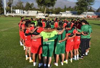 La selección cerró el jueves su preparación en Santiago. Foto:FBF
