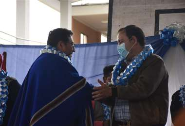 Luis Arce inaugura Unidad Educativa Chiquiacá/Foto: ABI