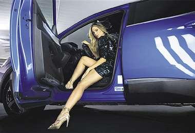 Modelo. La magnífica Alison Roca, imagen de Peugeot