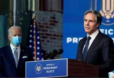 Blinken (der.) es Secretario de Estado de EEUU. Foto: Internet