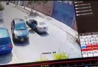 El auto que arrastró al compatriota I El Bocón.