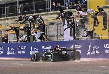 Hamilton hizo una gran carrera en el GP de Bahréin. Foto: AFP