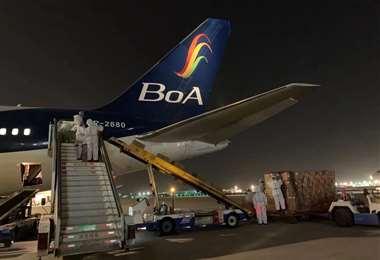 El avión de BoA traerá consigo un nuevo lote de vacunas anticovid