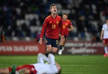 El festejo de Dani Olmo, que hizo el gol del triunfo de España sobre Georgia. Foto. AFP