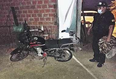 La motocicleta que le robaron al mototaxista. Foto: EL DEBER