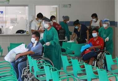 En contraste, 307 personas vencieron al virus. Foto: Fuad Landívar