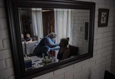 Más de 3 millones de personas fueron vacunadas en Chile. Foto AFP