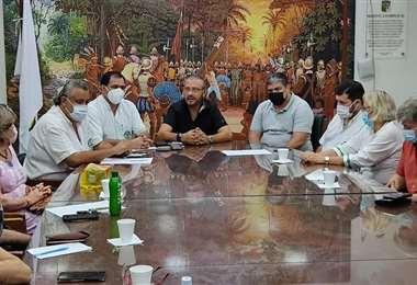 Reunión en el Comité Cívico