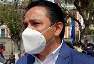 Senador Henry Montero se suma al pedido de cierre de fronteras