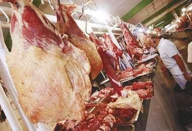Los carniceros advierte con ajustar el precio de la carne bovina desde el lunes