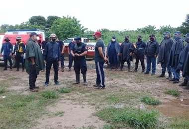 Rescatistas alistan un nuevo plan de trabajo. Foto El Tribuno