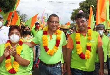 El candidato de la alianza Unidos por Tarija, Óscar Montes, votará a las 10 de la mañana e