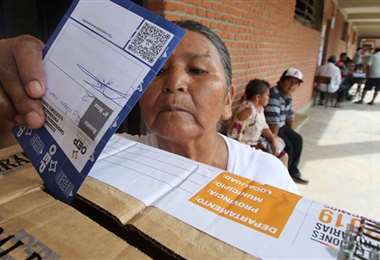 Los adultos mayores están exentos de votar