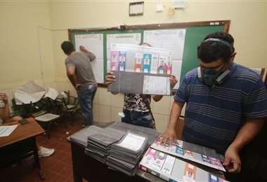 Conteo de votos en Santa Cruz de la Sierra/Foto: Juan Carlos Torrejon