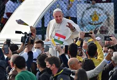 El papa concluye su visita histórica a Irak