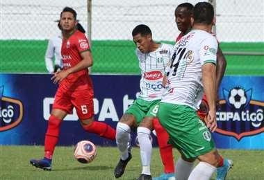Real Tomayapo abrió el marcador en el Gilberto Parada. Foto: APG