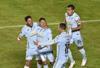 Bolívar llega motivado tras avanzar en la Libertadores. Foto: APG